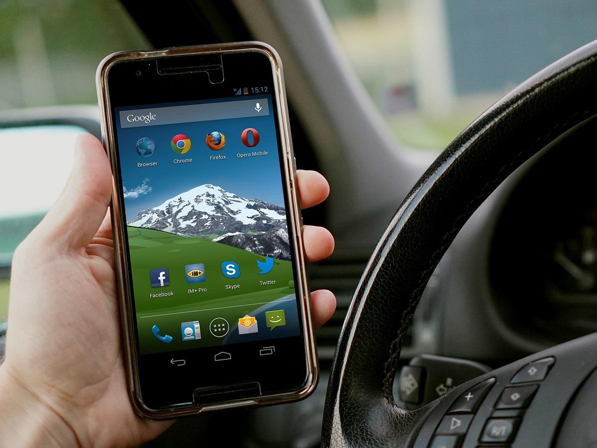 Le migliori app per gli automobilisti digital