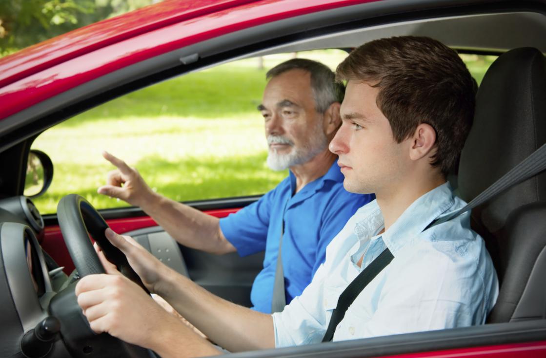 Come guidare bene in città: consigli ai principianti (ma non solo)
